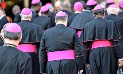 L'appello dei vescovi a Conte: riaprire ai fedeli le messe della domenica
