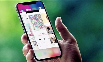 Apple lancia i nuovi iPhone X con maxi schermo e il nuovo Watch