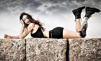 """""""Ti voteranno solo perché sei storpia"""", candidata a Miss Italia attaccata sui social. E scatta la solidarietà: """"Chiara è un esempio di coraggio e determinazione per tutti"""""""