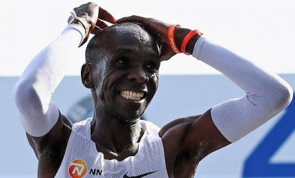 Storica maratona a Berlino, battuto il record del mondo