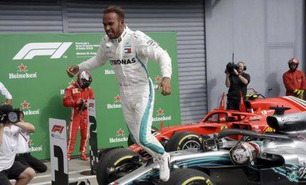 """Vince Hamilton su Raikkonen, Vettel quarto. """"Una battaglia durissima"""""""