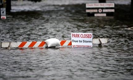 """Uragano Florence, bilancio sale ad almeno 7 vittime. Gli esperti: """"Sarà una minaccia significativa"""""""