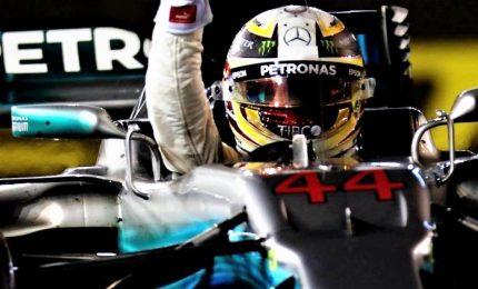 """Vince Hamilton su Verstappen e Vettel: """"Non so perché le Ferrari siano sparite"""""""