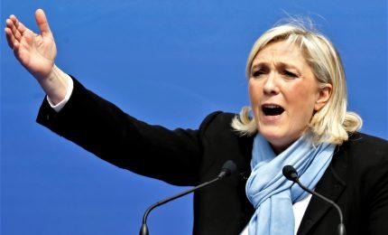 Perizia psichiatrica per Marine Le Pen. Lei furiosa: molto grave