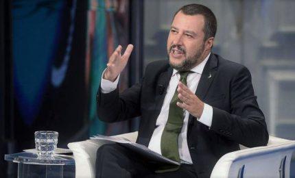 """La ricetta di Salvini sulle pensioni, quota """"100"""" con 62 anni ma c'è nodo risorse"""