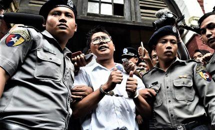 """Birmania, giornalisti Reuters condannati: """"Siamo innocenti"""""""
