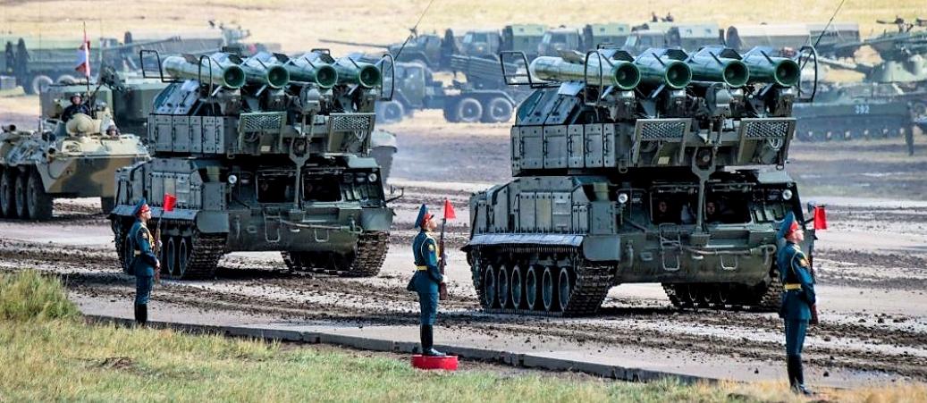 Manovre militari: Cina, Russia e Giappone mostrano i muscoli. E intanto gli Stati Uniti si muovono sotto traccia