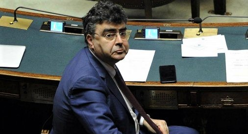 Milleproroghe: ok Aula a seduta fiume, Pd vota contro e attacca
