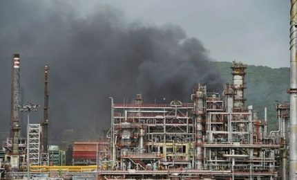 Ingolstadt, esplosione e incendio in raffineria. Almeno 8 feriti