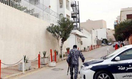 Altissima tensione in Libia, salta la tregua. Lanciato razzo vicino all'ambasciata italiana