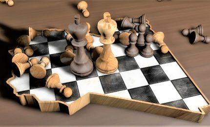 La partita a scacchi per il petrolio in Libia: Francia in campo, Italia in panchina