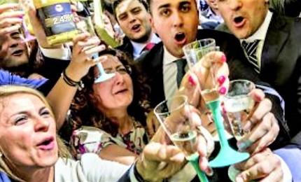 Salvini, se l'Ue la boccia tiriamo avanti. Spread schizza a 266 punti