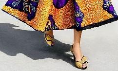 Le gonne longuette, come abbinarle e come indossarle