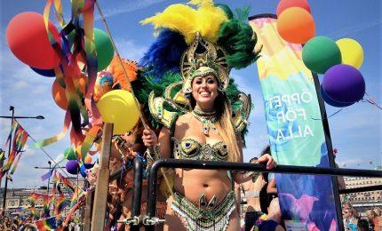 Uruguay, a Montevideo l'annuale parata per l'orgoglio gay