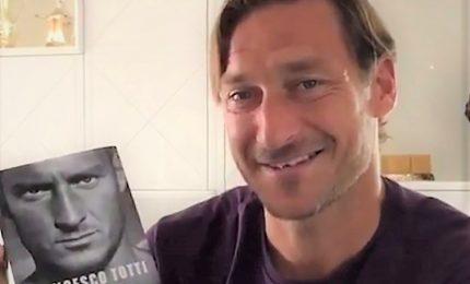 """Arriva """"Un capitano"""", l'""""autobiografia"""" di Francesco Totti"""