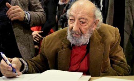 Morto il leggendario fotografo Ara Guler, aveva 90 anni