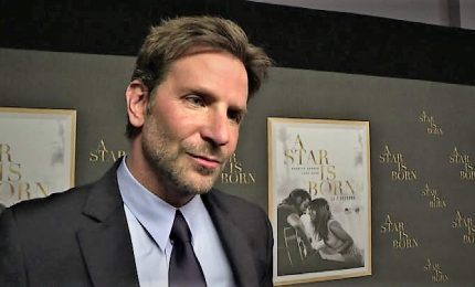 "Bradley Cooper a Parigi per la prima ""È nata una stella"""