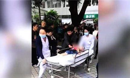 Cina, donna ferisce 14 bambini a coltellate in scuola materna