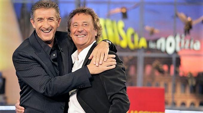 Tv, a Striscia la notizia torna la coppia Greggio-Iacchetti
