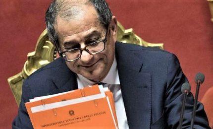 Tria difende Bankitalia dagli attacchi di Salvini e Di Maio