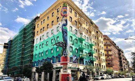"""""""Hunting Pollution"""", a Roma il murales green più grande d'Europa"""
