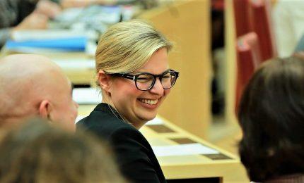 L'uragano Katharina scuote la Baviera, Verdi secondo partito. Crollano alleati della Merkel