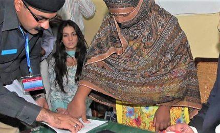 La famiglia di Asia Bibi: se assolta deve lasciare il Pakistan