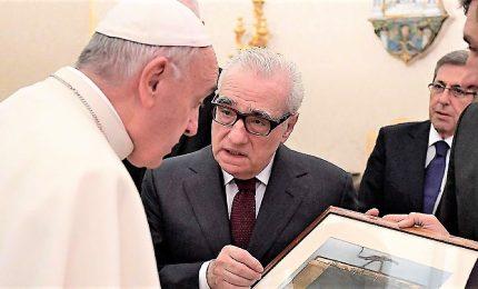 """Martin Scorsese """"intervista"""" il Papa, dialogo giovani e anziani"""