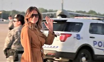 Melania Trump parte per un tour di una settimana in Africa
