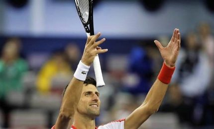 Coric ko in 2 set, Djokovic trionfa a Shanghai