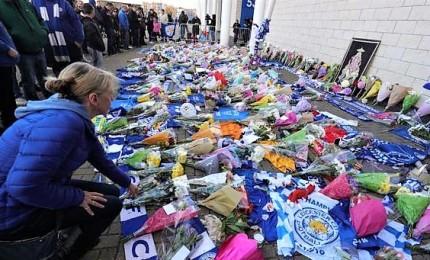 Leicester City conferma: presidente morto in schianto elicottero. Altre 4 persone