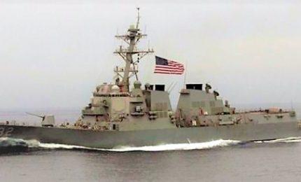 """Cina-Usa, alta tensione anche in mare. Navi da guerra """"pericolosamente"""" vicine"""