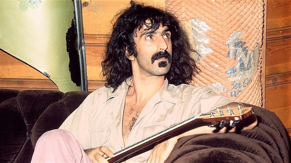 "Peter Rundel dirige ""The Yellow Shark"" di Frank Zappa"