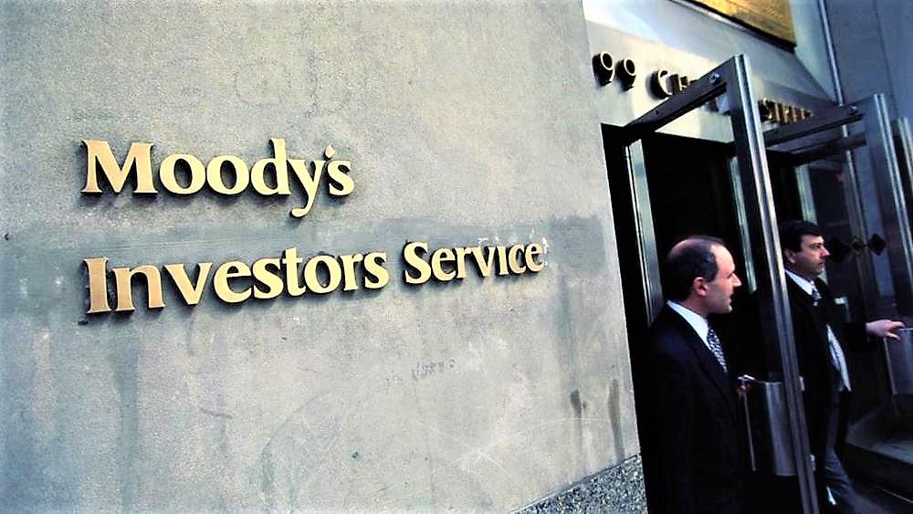 Moody's taglia rating Italia per aumento deficit. E boccia pure la manovra