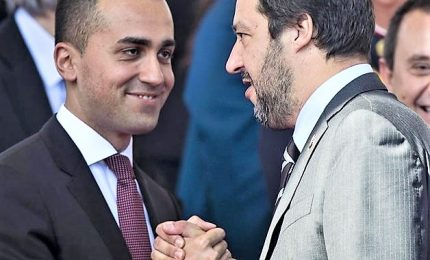 """Asse Di Maio-Salvini contro """"partito dello spread"""", vogliono affondarci"""