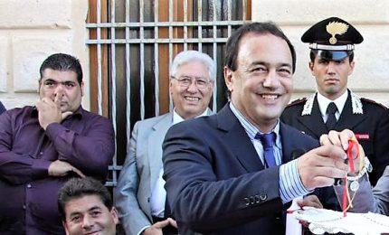 Arrestato il sindaco di Riace per favoreggiamento migranti