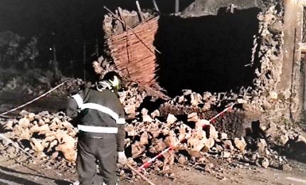 Forte terremoto 4,8 in provincia di Catania, paura e danni