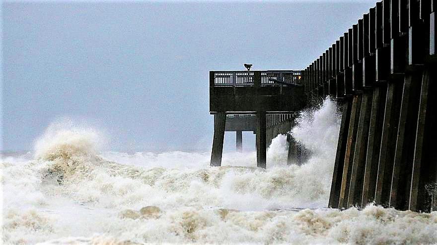 """L'uragano Michael arriva in Florida. """"Una tempesta mostruosa"""" che viaggia a 250 km/h"""