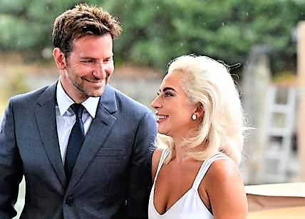 Premio alla carriera per Bradley Cooper, con lui Lady Gaga