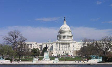 Dopo 8 anni i dem riconquistano la Camera. Congresso diviso