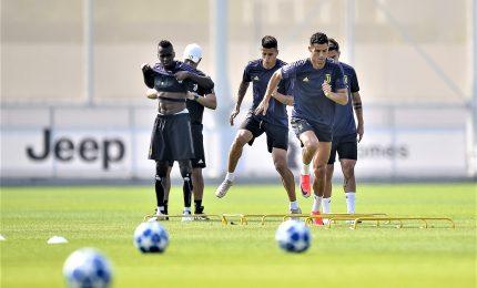 Juventus, Cristiano Ronaldo si allena con i compagni