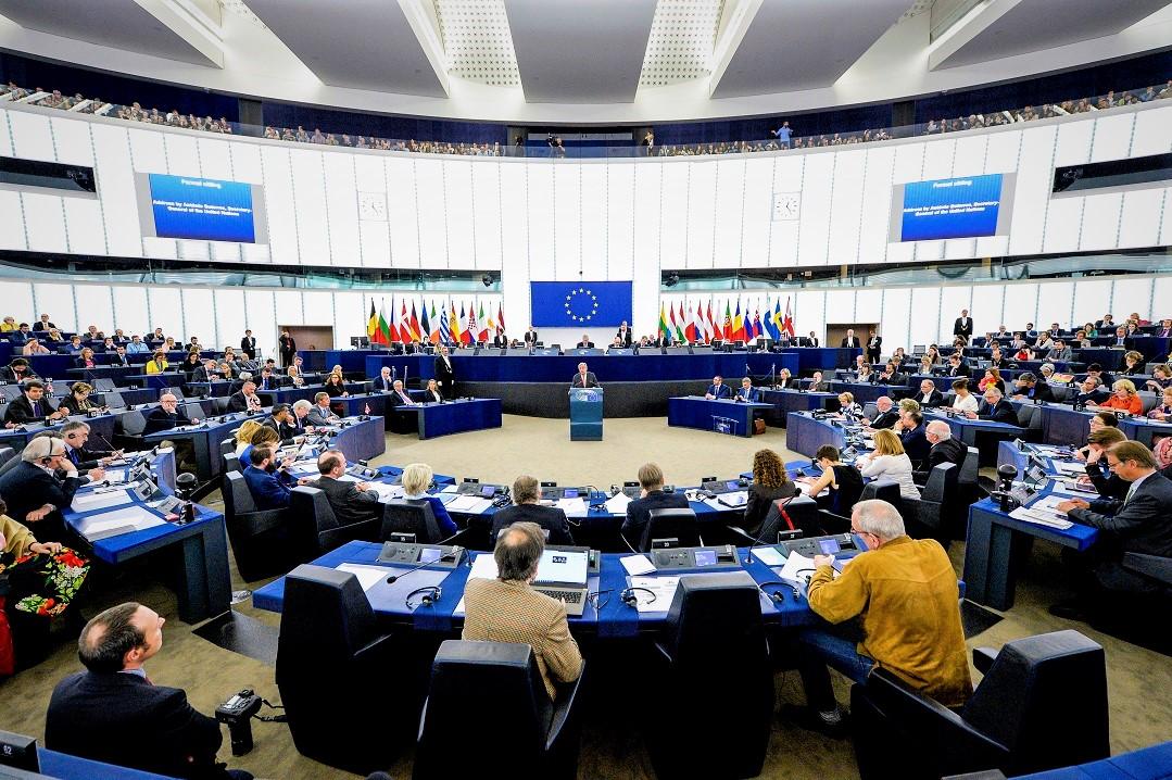 Brexit, Frans Timmermans scrive lettera al Regno Unito: 'danni non necessari'