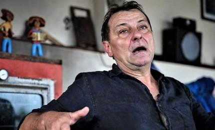 """Cesare Battisti, giudice ordina il suo arresto. Vicini di casa: """"E' da novembre che non lo vediamo"""""""