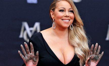 Mariah Carey  accusata di molestie e inadempimenti dall'ex manager