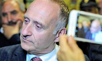 Il candidato sindaco e la foto con il nipote del boss, M5s si spacca su Corleone