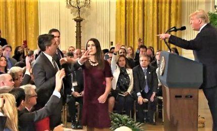 Scontro con Cnn, Trump revoca accredito a giornalista