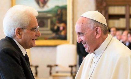 """Il Papa e Mattarella """"uniti dalla vicinanza a ultimi e migranti"""""""