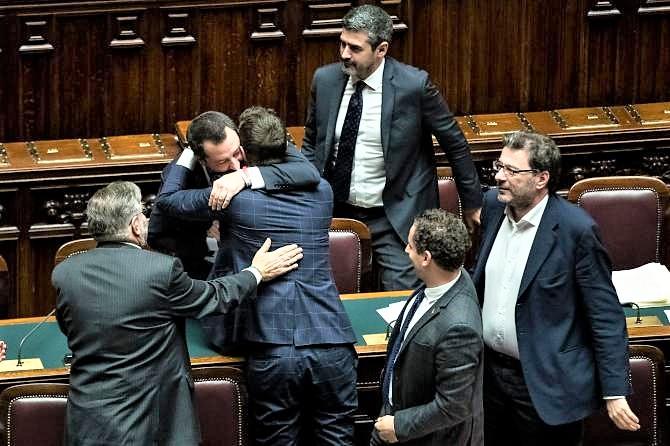 Manovra incassa fiducia Camera, ma sarà riscritta al Senato