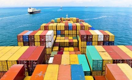La sfida della Cina agli Usa, in 15 anni 40mila miliardi di import