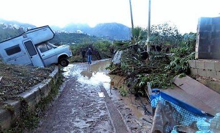 Esondazioni e frane, 12 morti in Sicilia. Conte sull'Isola, l'indignazione di Musumeci